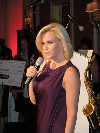 Jenny McCarthy defeats vaccine fanatics to join ABC's The View as co-host