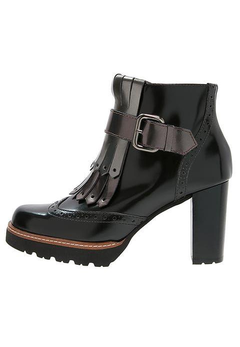So ein Paar sollte jede Frau besitzen. Gadea MAKE  - Ankle Boot - black/likid acero/brown für 199,95 € (29.11.16) versandkostenfrei bei Zalando bestellen.