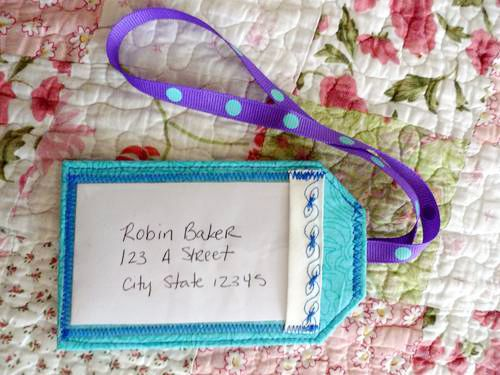 Luggage tags using the BERNINA 350PE - MASTER CRAFTSTERS