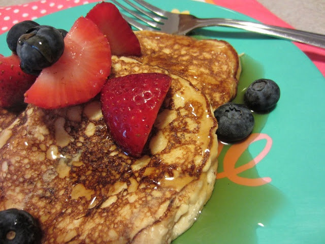 My Kitchen Adventures: Two-Ingredient Pancakes