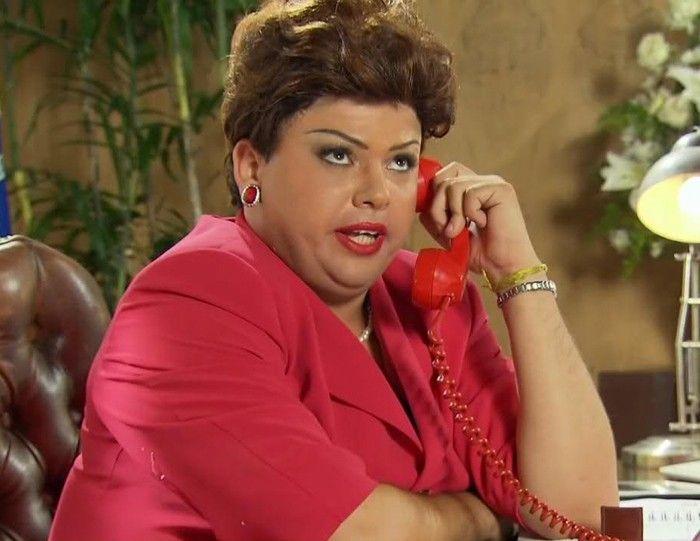 Gustavo Mendes, a Dilma da internet, é retirado do palco durante show e alega ter sido agredido