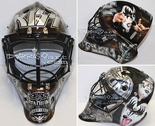 Jonathan Quick Kiss mask