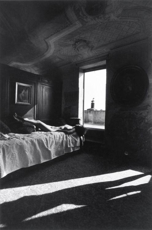 Full Feeling Simplicity | Lucien Clergue, Palazzo Brandolini, Venise, 1979