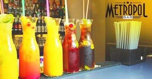 oooo tak tie vyzerajú perfektne! Drinky z Metropolu sú lacné a chutné. To presne potrebujeme. :) https://www.zlavomat.sk/zlava/561001-litrove-alko-a-nealko-drinky-bar-metropol #summer #drinks #healthy #lemon #taste