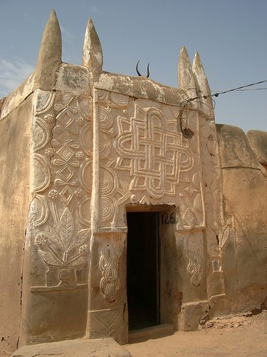 Beautiful traditional Hausa relief work on the facade of a house in Zinder