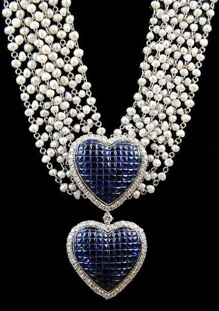 Diamond,Sapphire and Pearls gold necklace