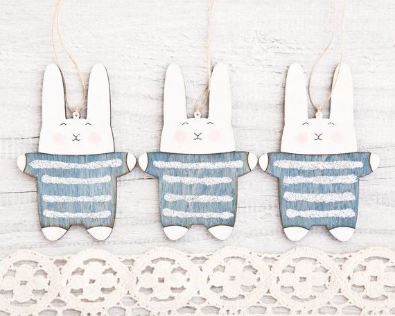 Ornamento di Natale del coniglietto. Decorazioni di Natale blu. Ornamenti. Holiday ornamenti. Set di 3.