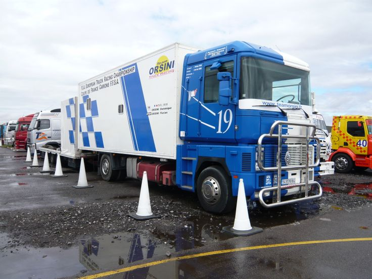 Unusual Renault Magnum draw-bar French truck racing transporter    Cool Race Trucks