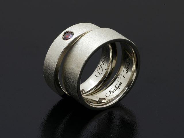 #Rings by #Bielak  white frozen #gold with #ruby 3mm  www.ringdby bielak.com  #unique #wedding #band
