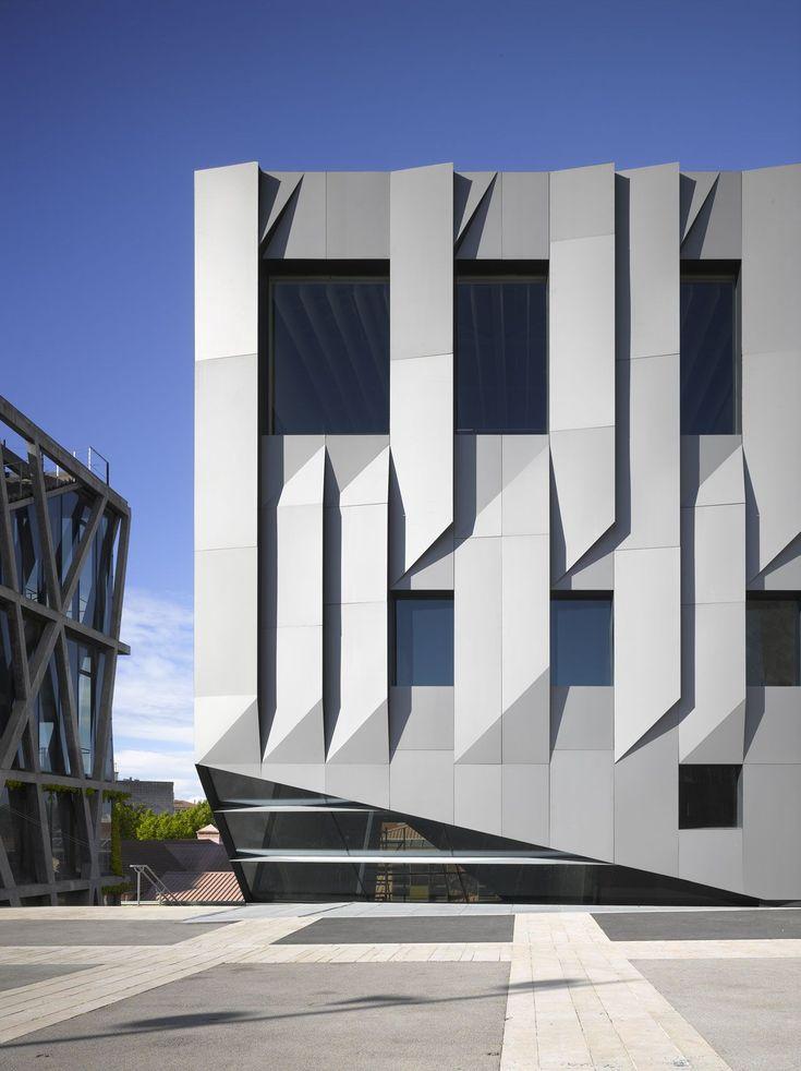 folded aluminum panels: Conservatoire Darius Milhaud by Kengo Kuma (Aix-en-Provence, France)
