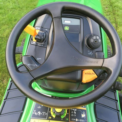 John Deere X300 Ride on Mower / Lawn Tractor - Bertie Green