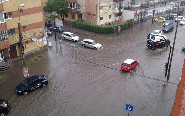 Cod galben de inundaţii, în Mureş, Alba, Braşov şi Sibiu