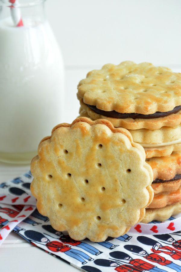 La receta de las galletas príncipe caseras. Como hacer galletas príncipe con un tutorial paso a paso. La receta también está adaptada a thermomix.