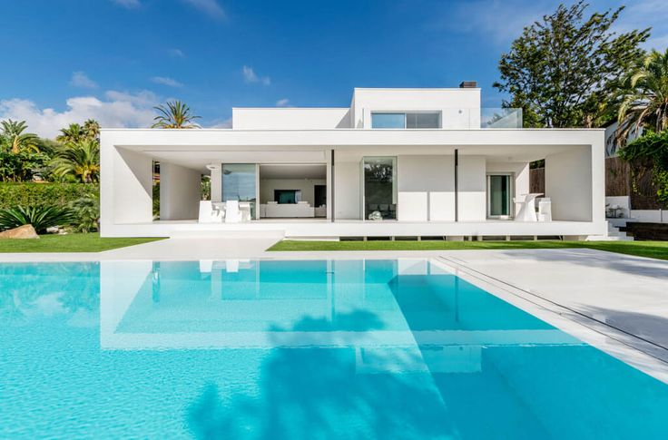 Herrero House by 08023 Architects