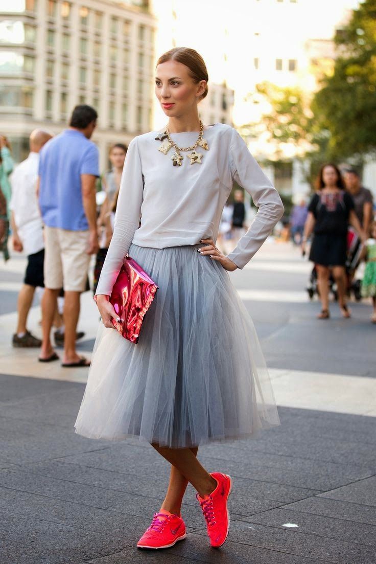 The Writers Ink - Friday Fashionista :: NYFW // Street Style