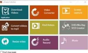 Come scaricare i video con aTube Catcher aTube Catcher è una valida applicazione Windows finalizzata al download di filmati dai siti web. L'immediatezza d'uso rappresenta la sua caratteristica di spicco, in quanto in pochi e semplici passag