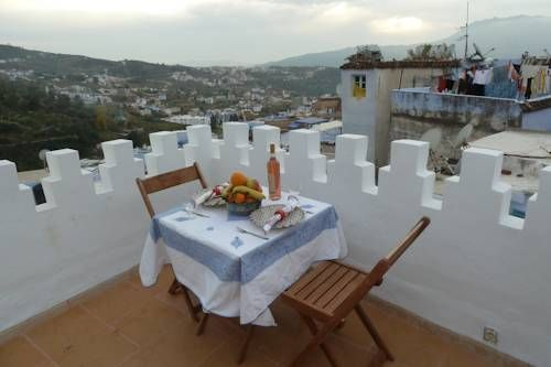 Dar Anneke Chefchaouene Dar Anneke is located in Chefchaouene. The property is 64 km from Tetouan city and a 10-minute walk from Ras El Ma village. It offers a terrace with panoramic view of the old Medina.  All units offer a wardrobe.