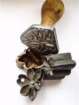 Старинные инструменты - Цветы из ткани Полины Кузнецовой