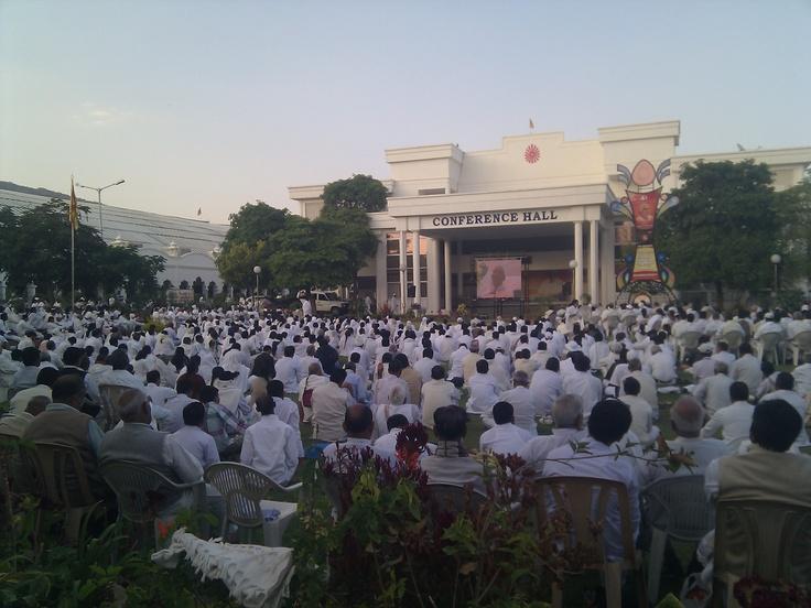 so many people...... abu, rajasthan