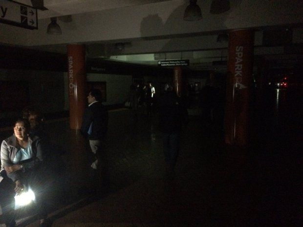 BART passengers exited a train at the Montgomery station on Friday, April 21, 2017, during a city-wide power outage, when BART's emergency lighting system failed to activate. (Photo courtesy Benjamin Feldman)