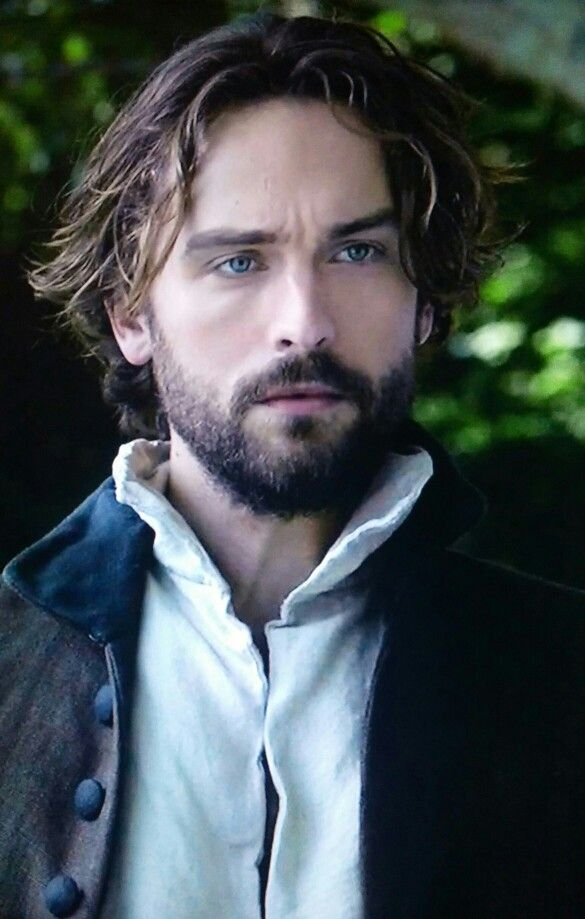 Just when I thought he couldnt get any more handsome. Then comes S3