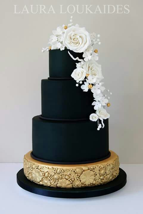 Gorg Black Tiered Cake with White Flowers