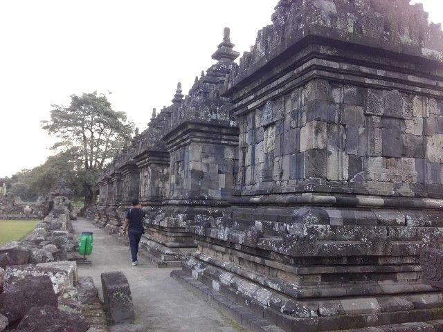 Candi Plaosan. Terletak di Dukuh Plaosan, Desa Bugisan, Kecamatan Prambanan, Kabupaten Klaten, Jawa Tengah. Sekitar 1 km ke arah tenggara dari Candi Prambanan #candiplaosan #plaosan #temple