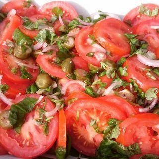 Tomatsalat – passer til det meste