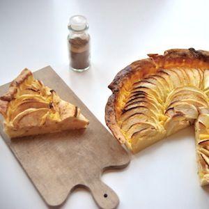 Mooie appeltaart! Leuk om te bakken met kinderen. Lekker recept voor kinderen. http://dekinderkookshop.nl/recipe-items/appeltaart/