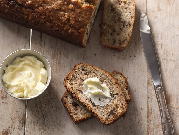 this is the BEST Banana Bread Recipe I have ever made. . it comes in a close second to the one you get at Bob Evans.