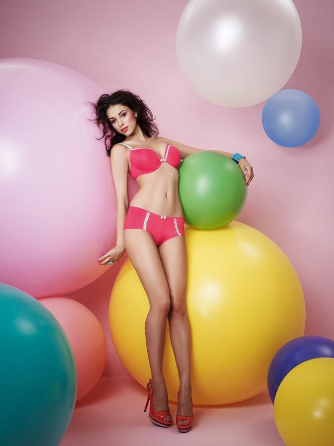 Sexy balloon babes, images of next door girls nude