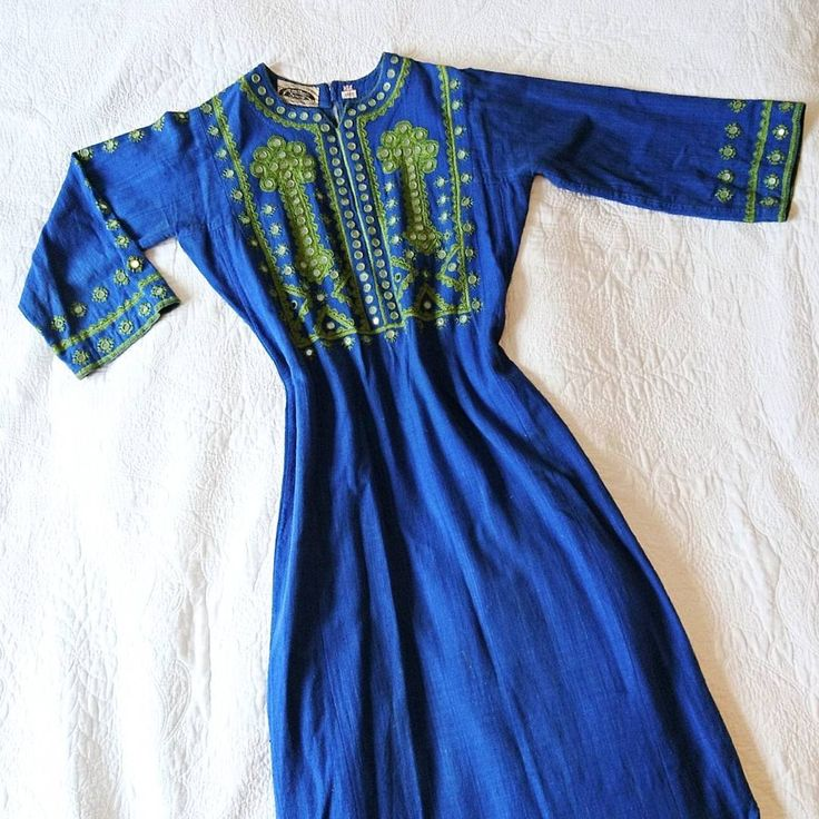 This is a truly amazing true hippie dress from late 1960s/early 1970s