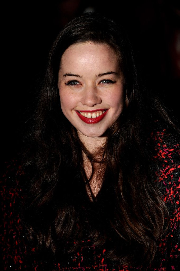 30 best ANNA POPPLEWELL images on Pinterest | Magazine ...