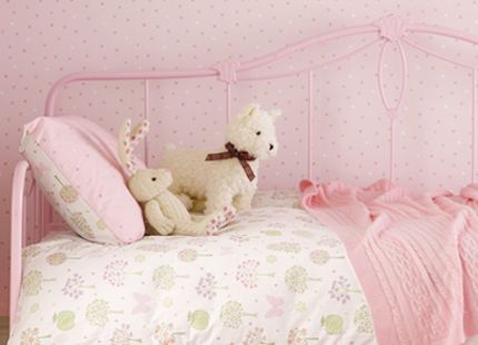 Esme Duvet Set Girls will love this gorgeous white printed duvet set with hearts, trees, polka dots and butterflies in pretty shades of soft pink, lilac and green. Set includes duvet cover and one pillowcase. 50% cotton, 50% polyester.
