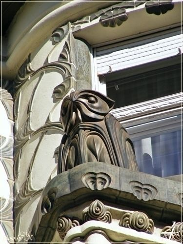 bagoly a Korányi ház homlokzatán Váci utca -- owl on facade of the Korányi house Váci street -- Budapest