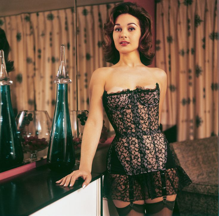 Creeping Irrelevance : Elaine Paul | Vintage Whaouh avant ...