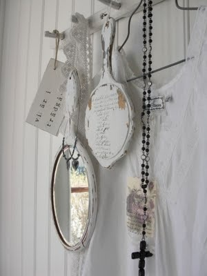 A few keepsakes mixed together create a beautiful picture