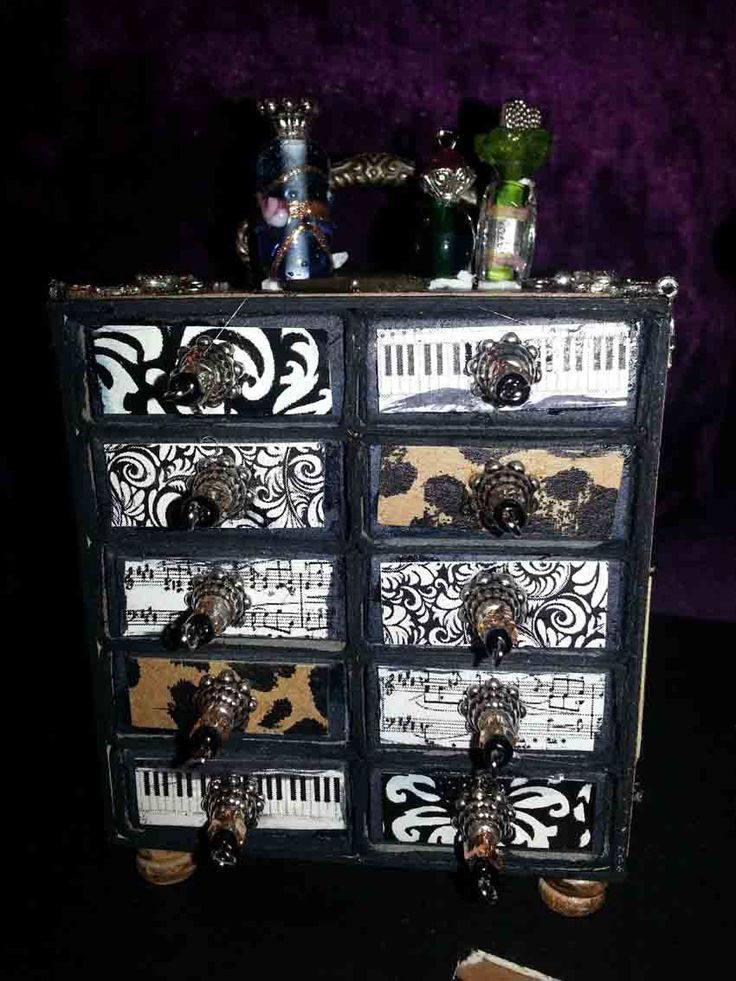 Using matchboxes, beads and other craft items to make beautiful miniature chest of drawers.