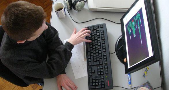 2 Alasan Utama Mengapa Programmer Sulit Dapet Pacar