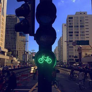 Agora vai. | 33 imagens adoráveis da inauguração da ciclovia na Avenida Paulista