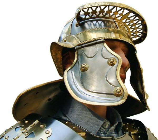 Легионер в шлеме типа Niedermörmter (Imperial Italic H)