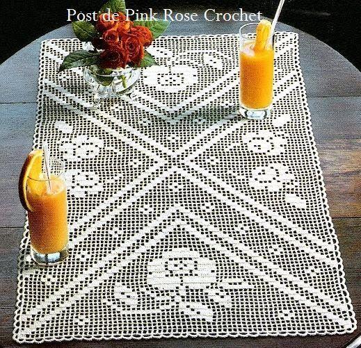 http://pinkrosecrochet.blogspot.it/2010/05/toalha-rosas-em-croche-file_21.html