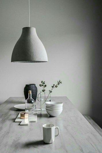 En hel drös med bara en massa lovely grey ifrån pinterest får sammanfatta dagens mood helt enkelt. För vart tog den söta lilla solen vägen ?! Barnen är iallafa