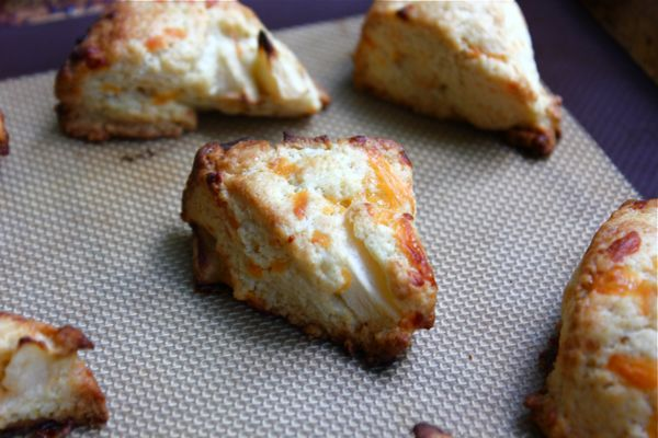 Apple and Cheddar Scones | MY KIND OF TASTE | Pinterest | Scones and ...