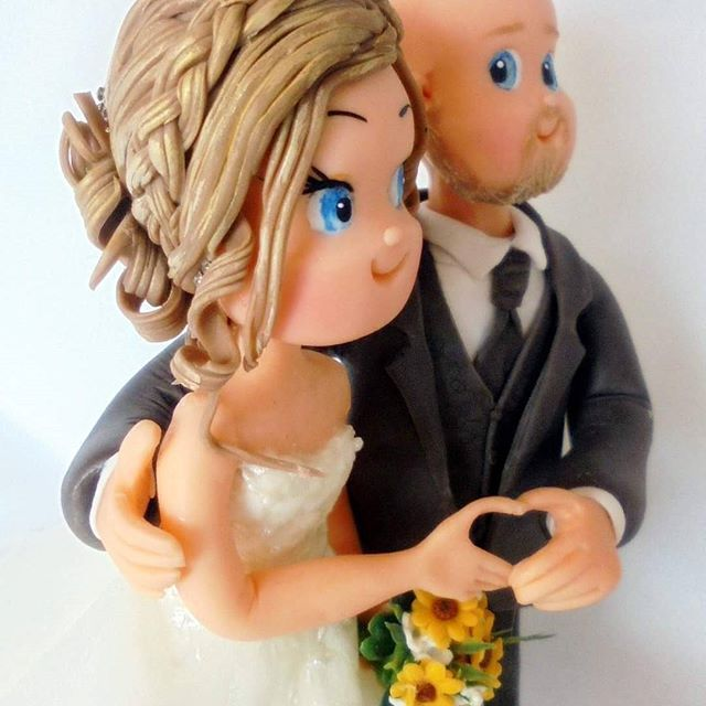 https://www.facebook.com/hochzeitstortenfiguren  #heiraten  #weddinggown #weddingdress #noivinhos #tortenfiguren #brautfigur #hochzeit #hochzeitstorten  #hochzeitstortenfiguren #wedding #weddings  #weddingscake #brautpaar #brautpaarefiguren #unikat #hochzeitsidee  #caketopper #bride  #novios #hochzeitsfotograf #weddingphotography  #hochzeitskleid #hochzeitsfotos #weddingday #weddingplanner #hochzeitsplaner #porcelanafria #kaltporzellan  #coldporcelain #biscuit