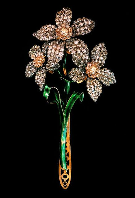 Russian Narcissus Bouquet, gold, silver, diamonds, enamel. Second half of the 18th century