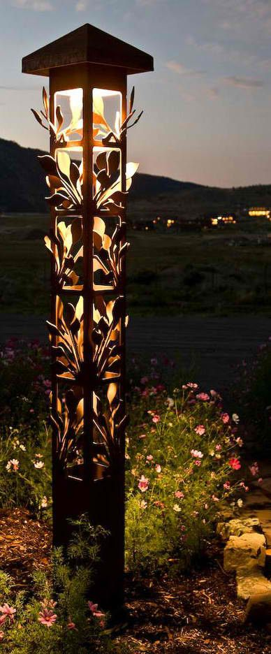 Outdoor lighting #HoustonNewHomesForSale