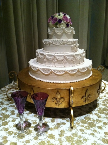 disney wedding cake stand 44 best images about fabulous wedding cake stands on 13589