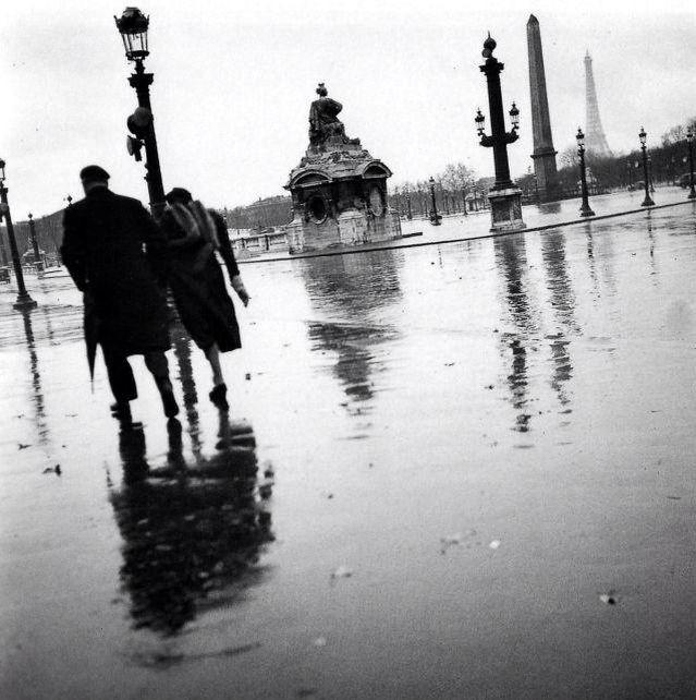 #Robert Doisneau Photography Place de la Concorde..Paris 1938