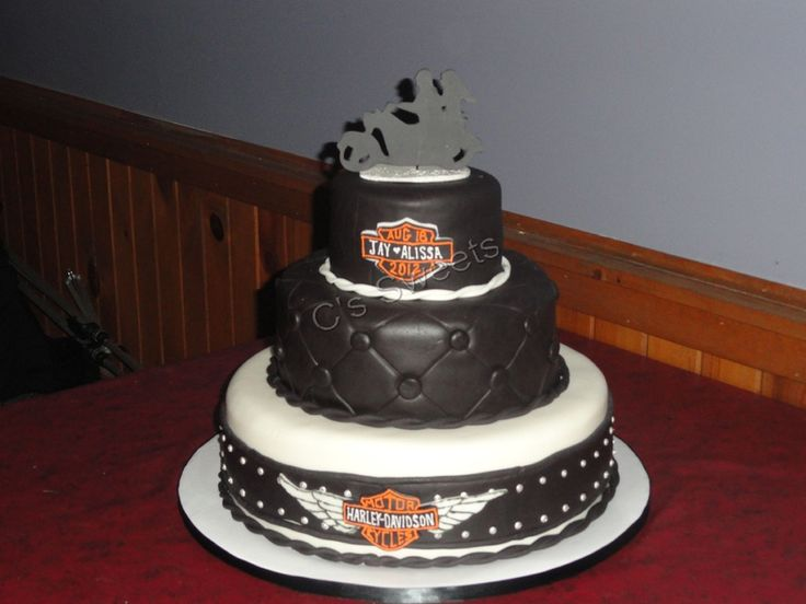 biker themed wedding cakes 17 best images about harley wedding cakes on 11756